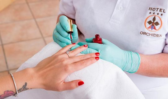 Hand and foot care - Orchidea Hotel Lipót